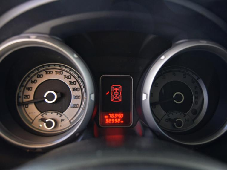 Camiones Rosselot Mitsubishi Monterodhd hp 2017
