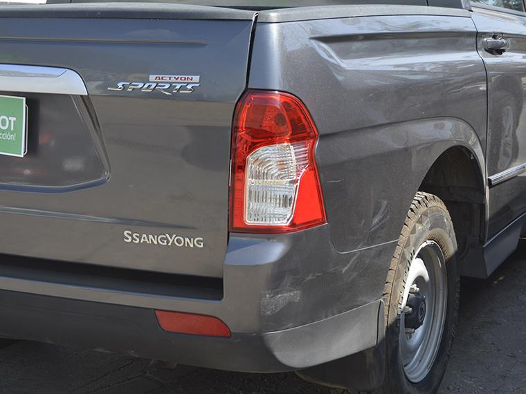 ssangyong actyon-sporta200s