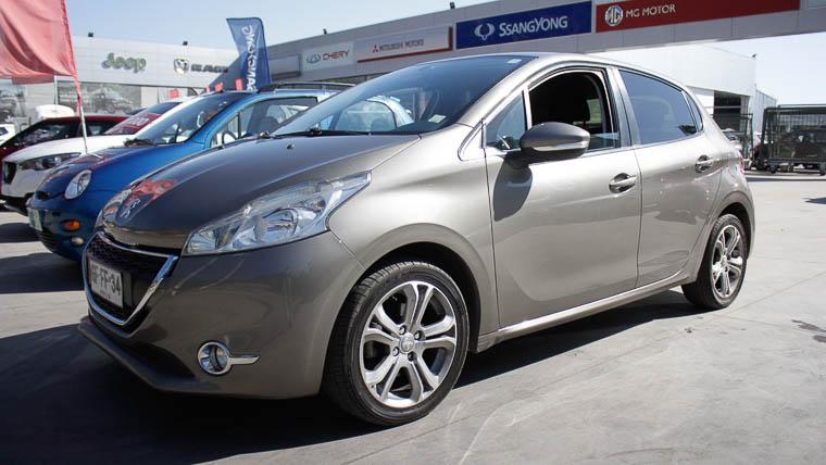 Autos Rosselot Peugeot 208 1.4  2014