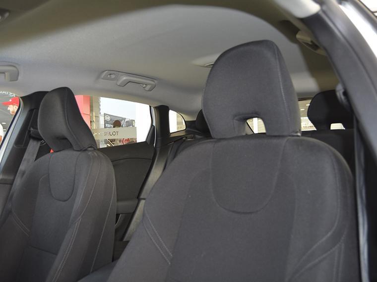 volvo v40 d2 comfort aut 2.0