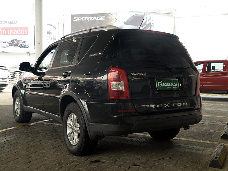 ssangyong rexton w 4x2  at