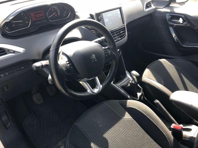 Peugeot 208 allure 1.6 hdi