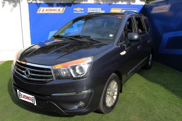 Autos Kovacs Ssangyong Stavic 2.0 aut 2014