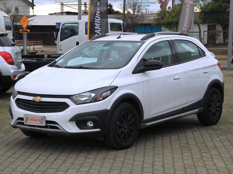 Furgones Kovacs Chevrolet Onix active 1.4l mt isfx 2019