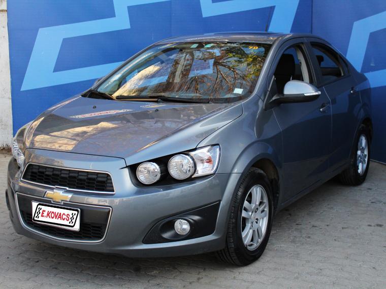 Autos Kovacs Chevrolet Sonic ii lt 1.6 at 2014