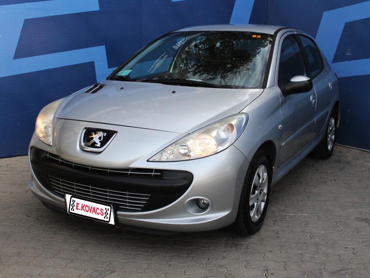 Autos Kovacs Peugeot 207 compact xs line 1.6 2010