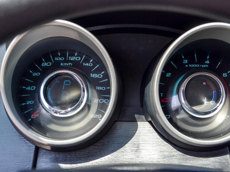 mahindra xuv500 aut 2.2 ac