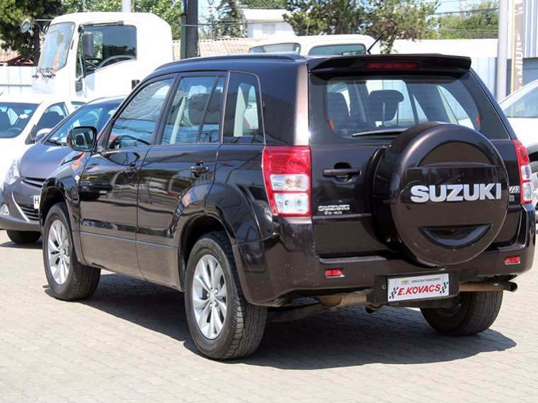 suzuki grand-nomade glx 4x4 2.4