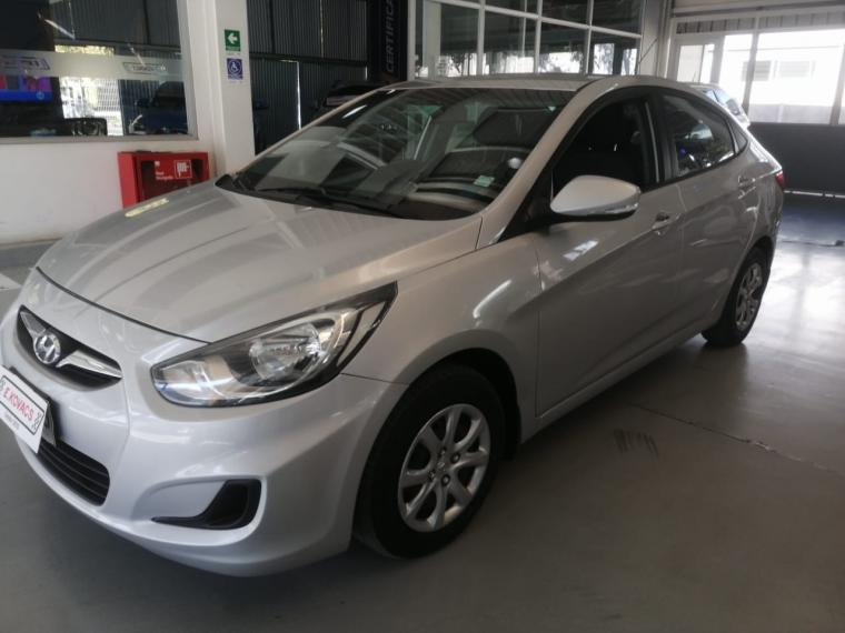 Autos Kovacs Hyundai Accent rb gl 1.6 aut 2014