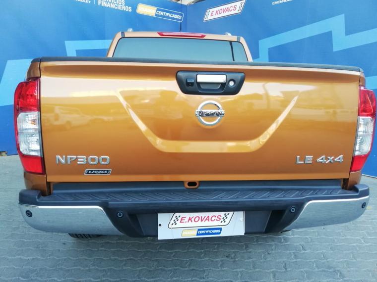 nissan np300 4x4 2.3 aut