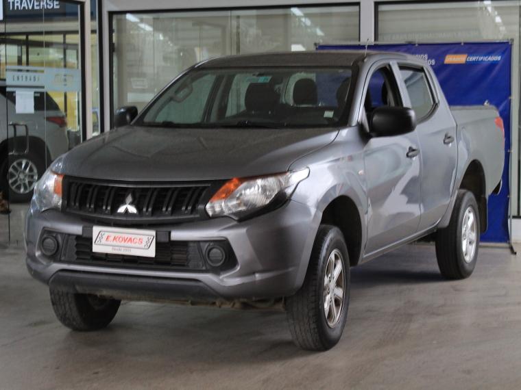 Camionetas Kovacs Mitsubishi L200 work cr 2.4 2016