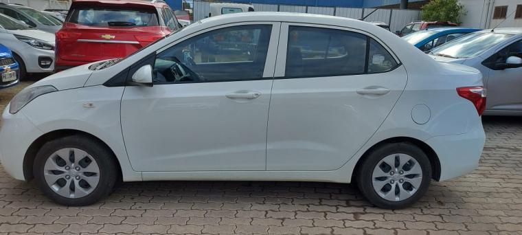 Autos Kovacs Hyundai Grand-i10 mec 1.2 4x2 gls 2019