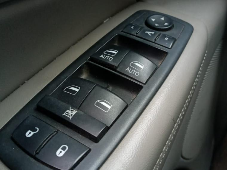 jeep cherokee grand laredo 4x4 3.6 auts/inf