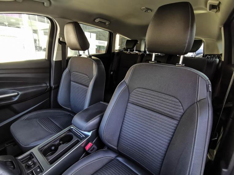 ford escape 2.5 aut
