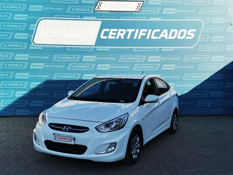 Autos Kovacs Hyundai Accent gl mt 1.4cc a/c 2017